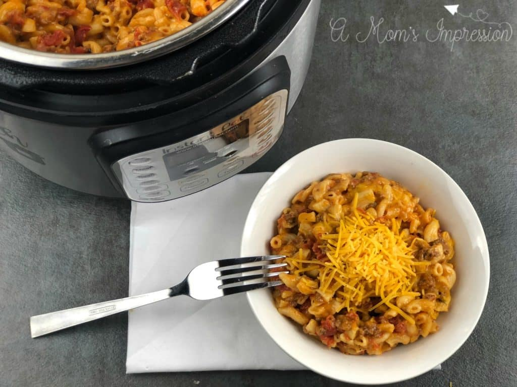 INSTANT POT CHEESEBURGER MACARONI – COPYCAT HAMBURGER HELPER RECIPE